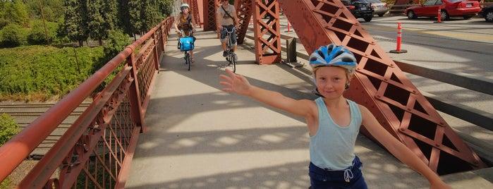 Broadway Bridge is one of Best of Portland by Bike.