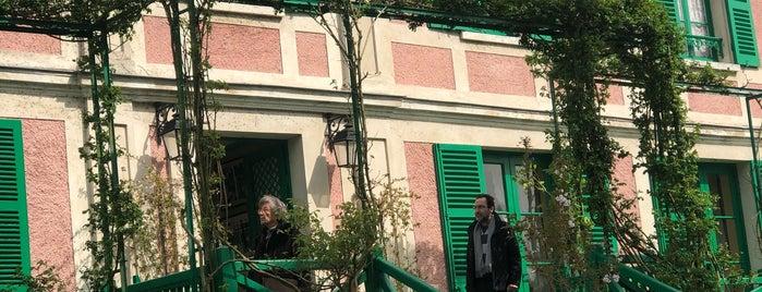 Jardins de Claude Monet is one of Orte, die Julia gefallen.
