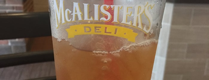 McAlister's Deli is one of A 님이 좋아한 장소.