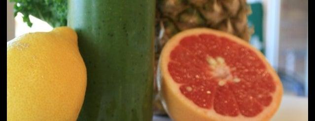 Agora Organic Market is one of Lugares favoritos de Askia.