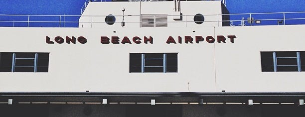 Long Beach Airport (LGB) is one of Tempat yang Disukai Tamie.