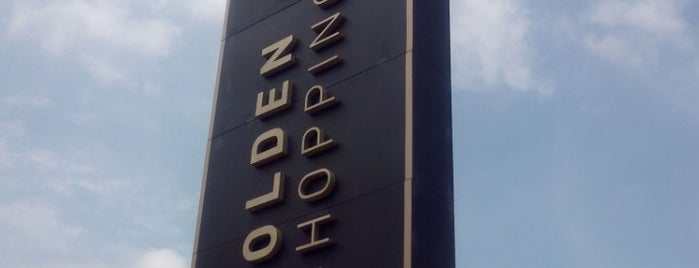 Golden Square Shopping is one of Tempat yang Disukai Kleber.