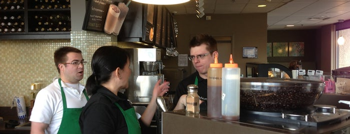 Starbucks is one of Michelle : понравившиеся места.