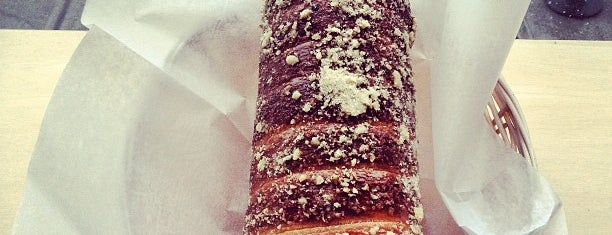 Chimney Cake is one of Food 2.