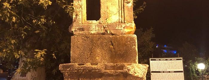 Kral Mezarı is one of Locais salvos de HAKAN.