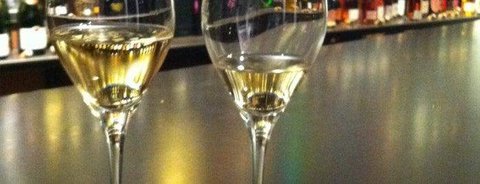 Le Cru 100% Champagne is one of Wien.