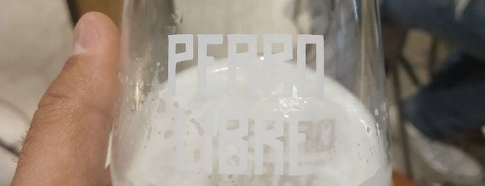 Perro Libre Tap Room is one of Tempat yang Disimpan Carolina.