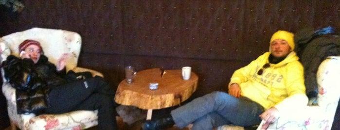 Cafe Society is one of สถานที่ที่ SUAT YALÇIN ถูกใจ.