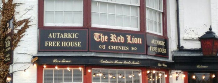 The Red Lion is one of Locais curtidos por Carl.