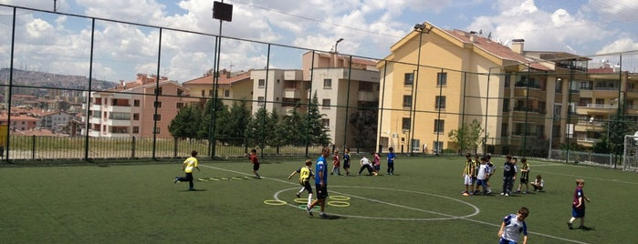 Kırkkonaklar Halı Saha is one of Spor.