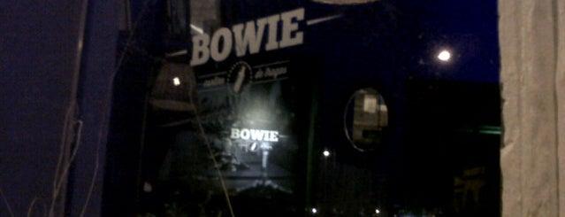 Bowie is one of Orte, die Santi gefallen.