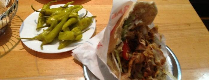 Efendi Kebab is one of สถานที่ที่ MOTORDIALOG ถูกใจ.