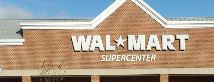 Walmart Supercenter is one of Kayla 님이 좋아한 장소.