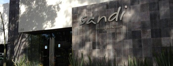 Sandi is one of Orte, die Cristina gefallen.