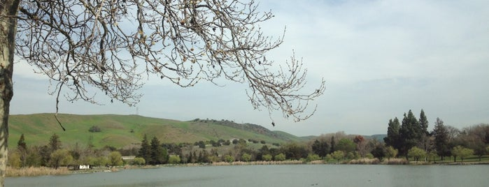 Hellyer Park & Coyote Creek Trail is one of Running Spots in the Bay Area.
