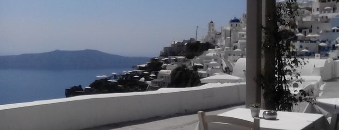 Aegeon is one of Santorini.