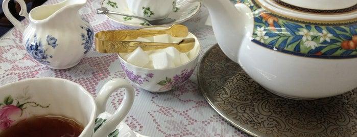 The Sussex Teapot is one of Tempat yang Disukai Gia.