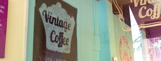 Vintage coffee is one of Ivanna Lauraさんの保存済みスポット.