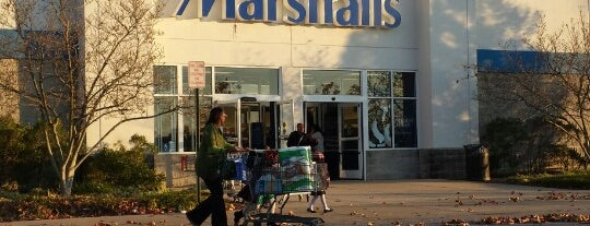Marshalls is one of Lieux qui ont plu à Youssef.