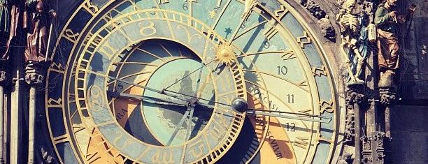 Horloge astronomique de Prague is one of Follow the Orient Express — Şark Ekspresi.