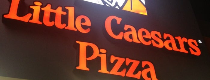 Little Caesar's is one of Lugares favoritos de Andrés.