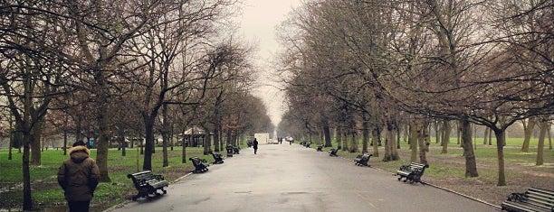 Regent's Park is one of Po stopách Karla Čapka v Anglii.