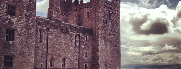 Bolton Castle is one of Locais curtidos por Carl.