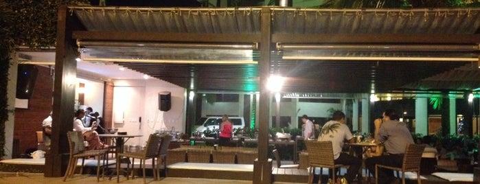 Lounge Bar Quality Hotel is one of Tempat yang Disimpan Flavio.