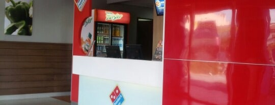 Domino's Pizza Sitiawan is one of Makan @ Utara #7.