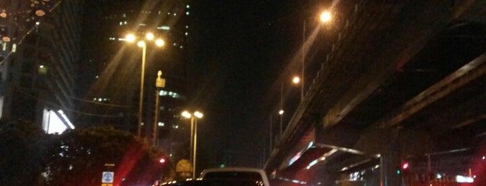 ใต้สะพานเบลเยี่ยม is one of Middle East.