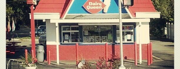 Dairy Queen is one of Lugares favoritos de Cindy.