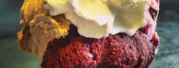Neve Di Latte is one of Gelato in Rome.