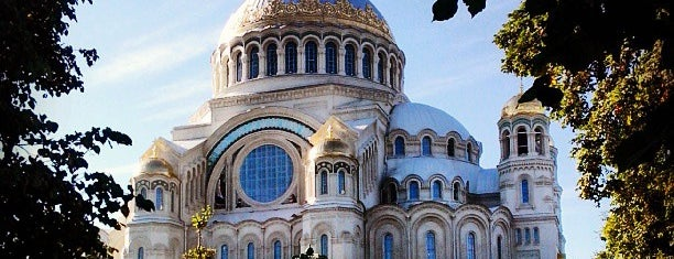 Kronstadt Naval Cathedral is one of Russia10.