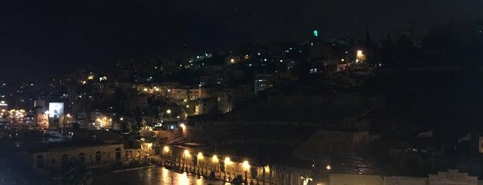 Amman Pasha Hotel is one of Locais curtidos por Emilio.