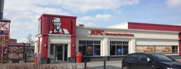 Kentucky Fried Chicken is one of Gespeicherte Orte von N..