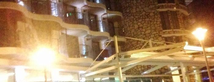Marbella Hotel&Resort is one of Lieux qui ont plu à Ali.