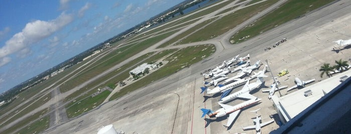 Opa Locka Airport (OPF) is one of Hopster's Airports 1.