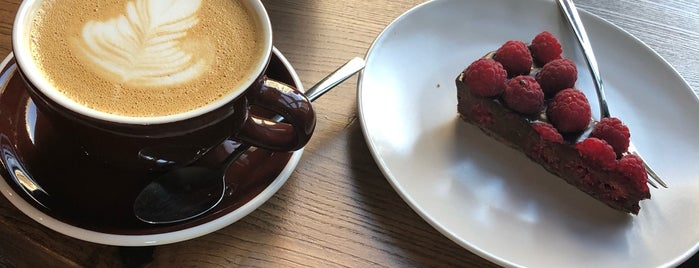 Balcòne Coffee Bar is one of Coffee & desserts in Kyiv.