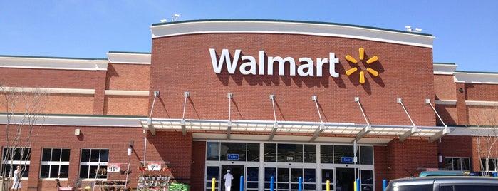 Walmart Supercenter is one of Locais curtidos por Jeff.