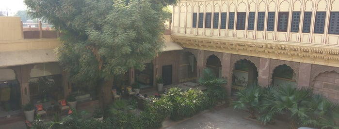 Hotel Pal Haveli is one of Lugares favoritos de Dave.