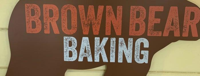 Brown Bear Bakery is one of Lugares favoritos de Max.
