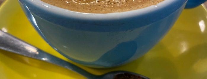 Woof Coffee is one of Posti che sono piaciuti a A. Engin.