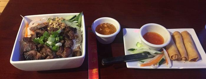 Saigon Restaurant & Bar is one of Locais curtidos por Orlando.