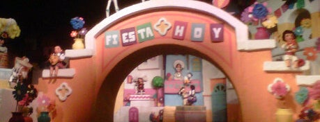 Gran Fiesta Tour Starring the Three Caballeros is one of My vacation @Orlando.
