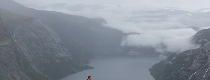 Trolltunga is one of Meg 님이 저장한 장소.