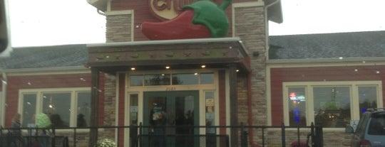 Chili's Grill & Bar is one of Tempat yang Disukai Ebonee.