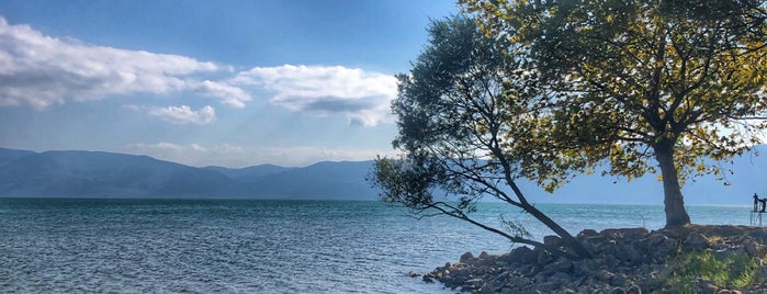 Çakırlı Göl Kenarı Piknik Alanı is one of Lieux qui ont plu à Gözde.