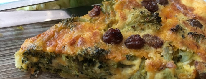 La Tête dans la Cuisine is one of Healthy & Veggie Food in Paris.