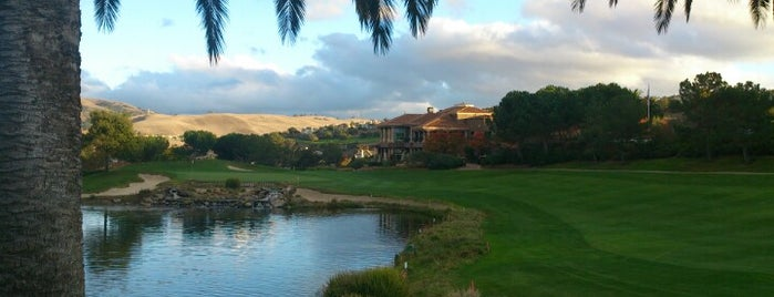 Silver Creek Valley Country Club is one of Lugares favoritos de Vinhlhq2015.