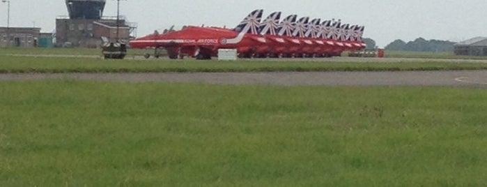 RAF Scampton is one of Locais curtidos por Dale.